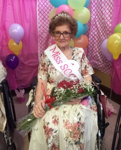 Wanda McIntosh crowned Ms. Senior Care Center