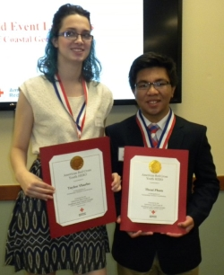 Taylor Ybarbo and Thoai Pham Receive the Youth Hero Award